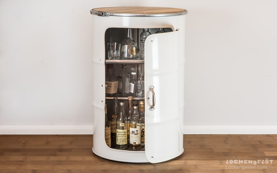lockengeloet_barrel_furniture_drybar_oak
