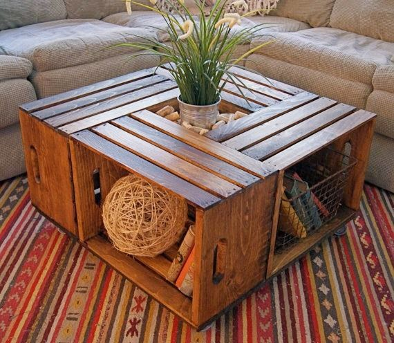 DIY τραπεζάκι σαλονιού από ξύλινα τελάρα