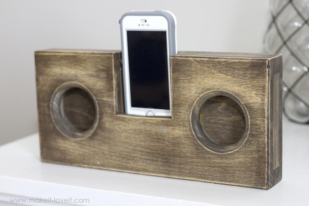 Ξύλινο ηχείο για το κινητό