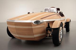 αυτοκίνητο από ξύλο