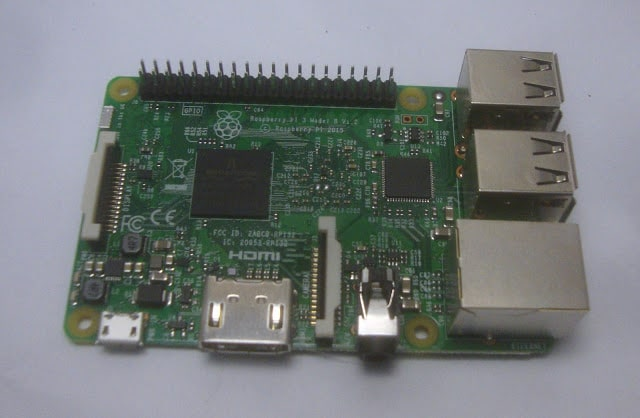 Raspberry Pi 3 model_b_4_v1