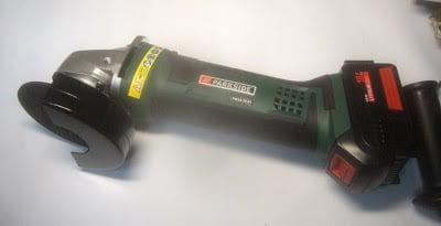 γωνιακός τροχός μπαταρίας PARKSIDE PWSA 18 A1