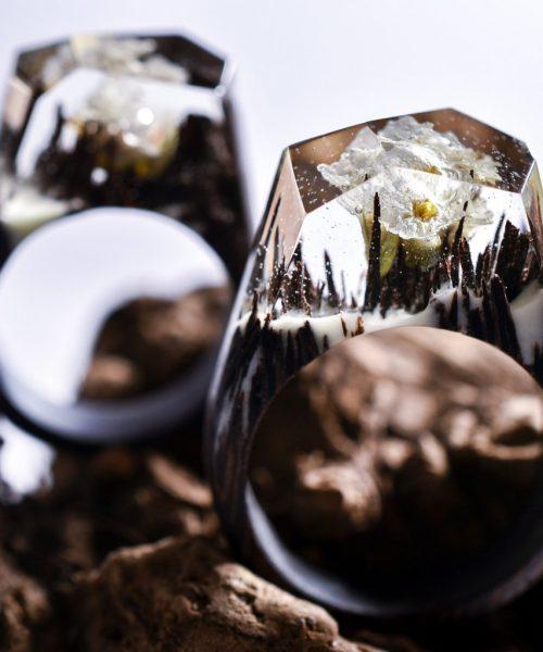 Ξύλινα δαχτυλίδια με εποξική ρητίνη