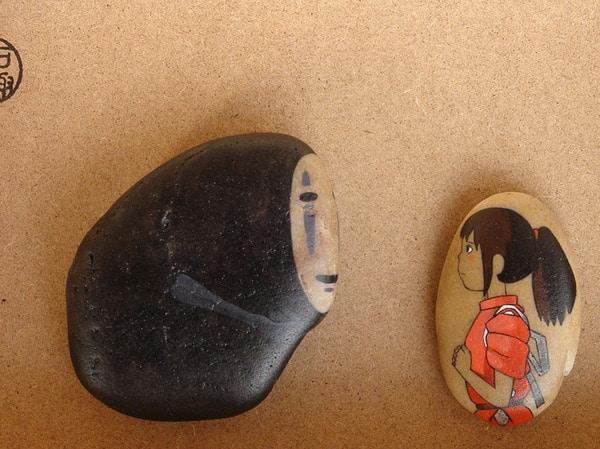 μοναδικά ζωγραφισμένα έργα σε πέτρες εμπνευσμένα από παιδικές ταινίες