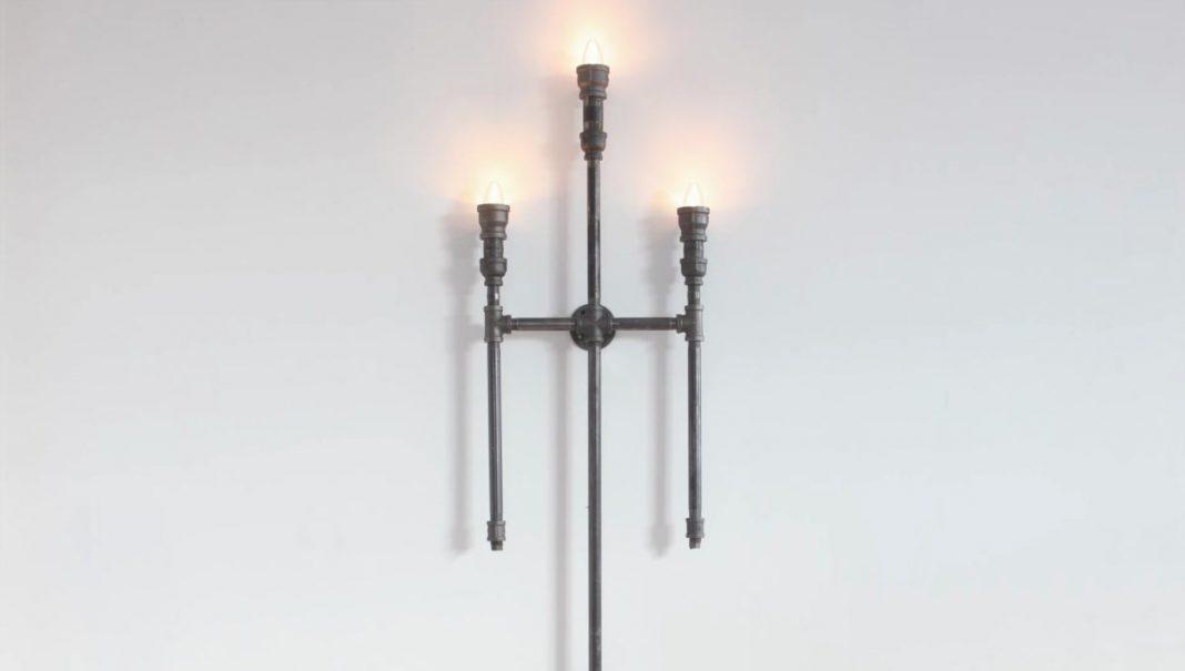 gothic φωτιστικό από μεταλλικούς σωλήνες
