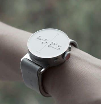 Έξυπνο ρολόι με σύστημα Μπράιγ