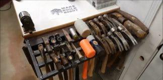 DIY θήκη για σφυριά με χτυπητά πριτσίνια