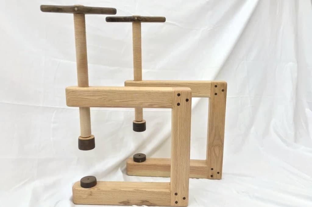 DIY ξύλινος σφιγκτήρας C