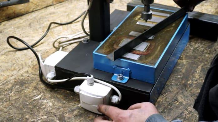 DIY ηλεκτρομαγνητική βάση