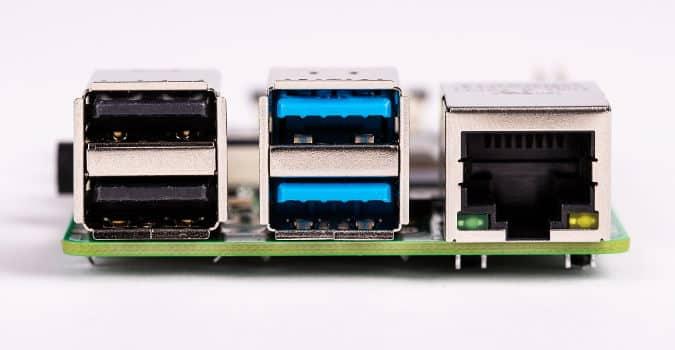 2 USB 3.0 Ports στο raspberry pi 4