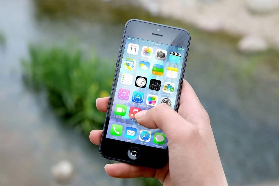 iphone εφαρμογές