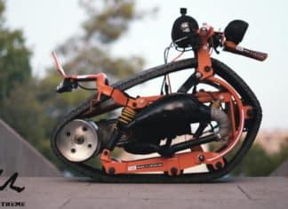 μονόκυκλη μοτοσυκλέτα με ερπύστρια