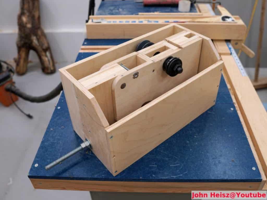 ξύλινος μηχανισμός για παγκοπρίονο