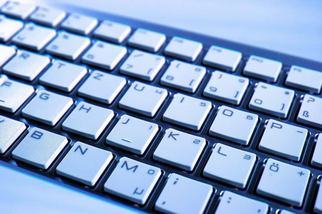 αλλαγή πληκτρολογίου σε laptop