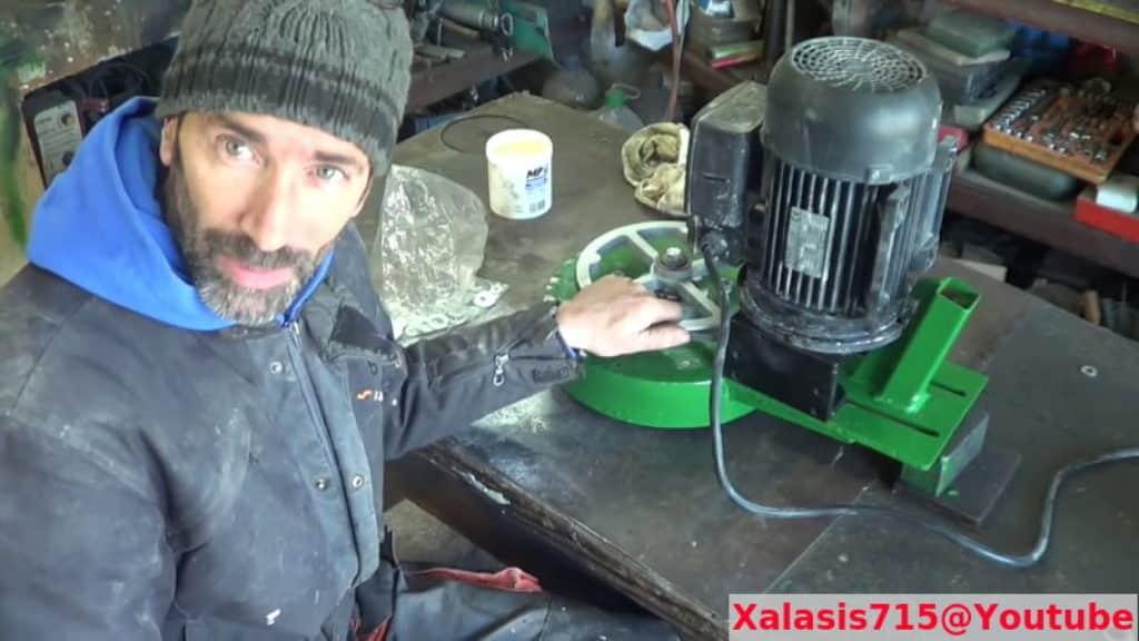 DIY μηχανή λείανσης δαπέδων